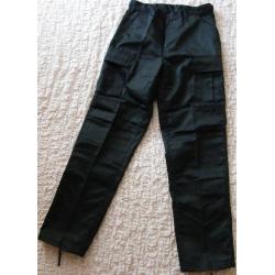 Kalhoty černé kapsáčové